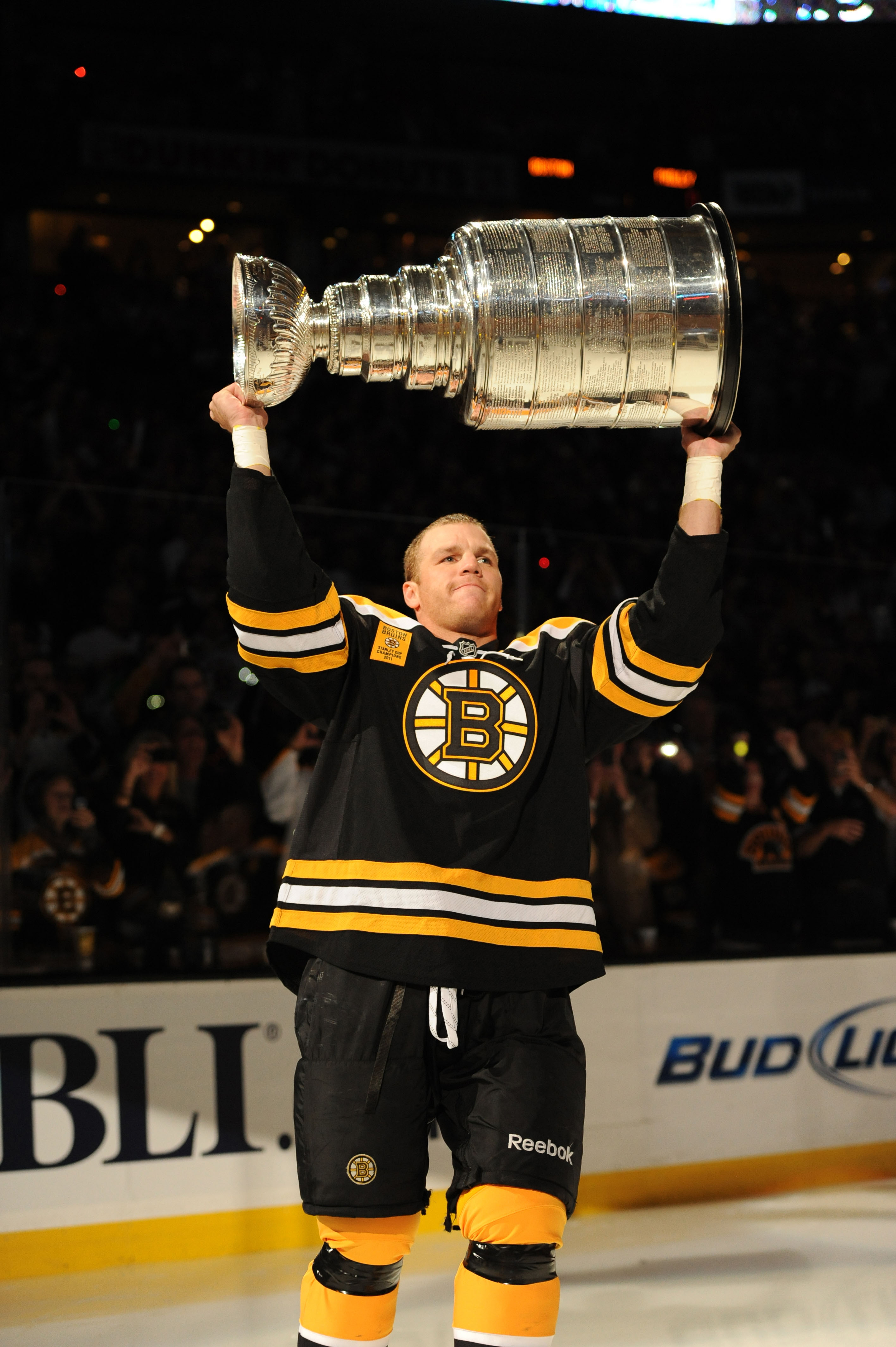 shawn thornton with the stanley cup